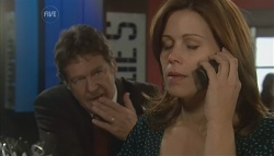 Alec Skinner, Rebecca Napier in Neighbours Episode 5697