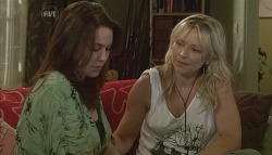 Libby Kennedy, Steph Scully in Neighbours Episode 5698