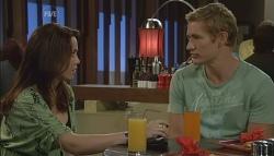 Libby Kennedy, Dan Fitzgerald in Neighbours Episode 5698