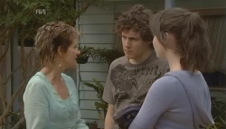 Susan Kennedy, Harry Ramsay, Kate Ramsay in Neighbours Episode 5699