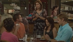 Susan Kennedy, Steph Scully, Toadie Rebecchi, Rebecca Napier, Libby Kennedy, Dan Fitzgerald in Neighbours Episode 5718