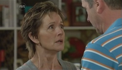 Susan Kennedy, Karl Kennedy in Neighbours Episode 5723