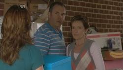 Rebecca Napier, Karl Kennedy, Susan Kennedy in Neighbours Episode 5723
