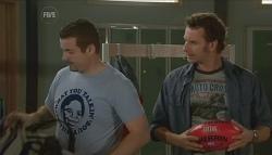 Toadie Rebecchi, Lucas Fitzgerald in Neighbours Episode 5724