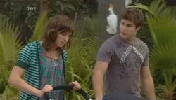 Bridget Parker, Declan Napier in Neighbours Episode 5724