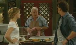 Elle Robinson, Lou Carpenter, Lucas Fitzgerald in Neighbours Episode 5725