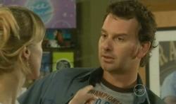 Elle Robinson, Lucas Fitzgerald in Neighbours Episode 5725
