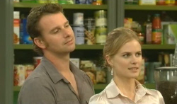 Lucas Fitzgerald, Elle Robinson in Neighbours Episode 5725