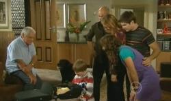 Lou Carpenter, Jake, India Napier, Mickey Gannon, Steve Parker, Miranda Parker, Declan Napier, Bridget Parker in Neighbours Episode 5725