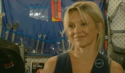 Steph Scully in Neighbours Episode 5727