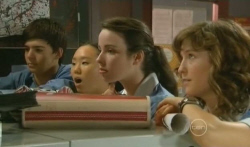 Zeke Kinski, Sunny Lee, Kate Ramsay, Bridget Parker in Neighbours Episode 5727