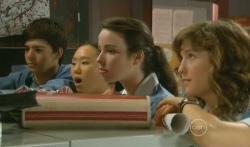 Zeke Kinski, Sunny Lee, Kate Ramsay, Bridget Parker in Neighbours Episode 5727