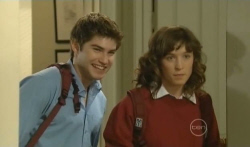 Declan Napier, Bridget Parker in Neighbours Episode 5727