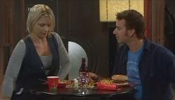 Steph Scully, Lucas Fitzgerald in Neighbours Episode 5728