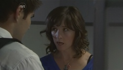 Declan Napier, Bridget Parker in Neighbours Episode 5729