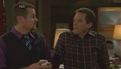 Toadie Rebecchi, Paul Robinson in Neighbours Episode 5729