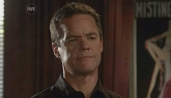 Paul Robinson in Neighbours Episode 5729
