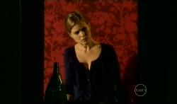 Elle Robinson in Neighbours Episode 5730