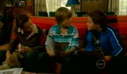 Sophie Ramsay, Rocky, Mickey Gannon, Callum Jones in Neighbours Episode 5730