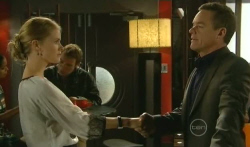 Elle Robinson, Paul Robinson in Neighbours Episode 5731