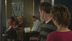 Paul Robinson, Susan Kennedy in Neighbours Episode 5734