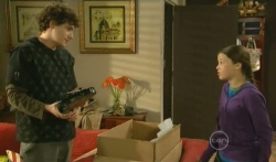Harry Ramsay, Sophie Ramsay in Neighbours Episode 5735