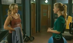 Steph Scully, Elle Robinson in Neighbours Episode 5739