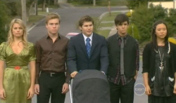 Donna Freedman, Ringo Brown, Declan Napier, Zeke Kinski, Sunny Lee in Neighbours Episode 5740