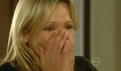 Steph Scully in Neighbours Episode 5740