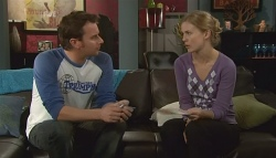 Lucas Fitzgerald, Elle Robinson in Neighbours Episode 5741