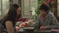 Sunny Lee, Zeke Kinski in Neighbours Episode 5741