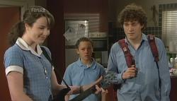 Kate Ramsay, Sophie Ramsay, Harry Ramsay in Neighbours Episode 5743