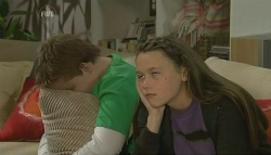 Callum Jones, Sophie Ramsay in Neighbours Episode 5744