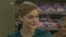 Amanda Fowler in Neighbours Episode 5744