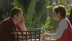 Toadie Rebecchi, Susan Kennedy in Neighbours Episode 5744