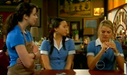 Kate Ramsay, Sunny Lee, Donna Freedman in Neighbours Episode 5746