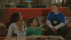 Libby Kennedy, Ben Kirk, Callum Jones in Neighbours Episode 5749