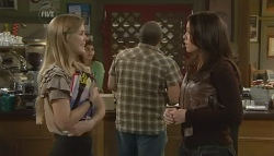 Elle Robinson, Libby Kennedy in Neighbours Episode 5749