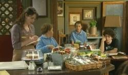 Kate Ramsay, Callum Jones, Sophie Ramsay, Harry Ramsay in Neighbours Episode 5750