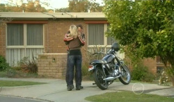 Steph Scully, Lucas Fitzgerald in Neighbours Episode 5750
