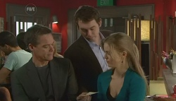 Paul Robinson, Josh Burns, Elle Robinson in Neighbours Episode 5751