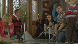 Donna Freedman, Karl Kennedy, Steph Scully, Sunny Lee, Ringo Brown, Charlie Hoyland in Neighbours Episode 5751