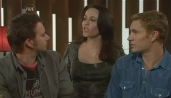 Lucas Fitzgerald, Libby Kennedy, Dan Fitzgerald in Neighbours Episode 5752