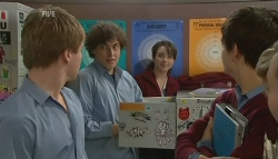 Ringo Brown, Harry Ramsay, Kate Ramsay, Zeke Kinski, Sunny Lee in Neighbours Episode 5753