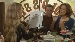 Elle Robinson, Paul Robinson, Rebecca Napier in Neighbours Episode 5756