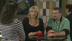 Kate Ramsay, Steph Scully, Toadie Rebecchi in Neighbours Episode 5757