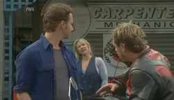 Lucas Fitzgerald, Steph Scully, Craig Noonan in Neighbours Episode 5758