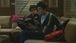 Harry Ramsay, Zeke Kinski in Neighbours Episode 5758