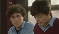 Harry Ramsay, Zeke Kinski in Neighbours Episode 5759