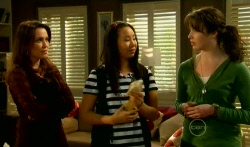 Libby Kennedy, Sunny Lee, Kate Ramsay in Neighbours Episode 5764